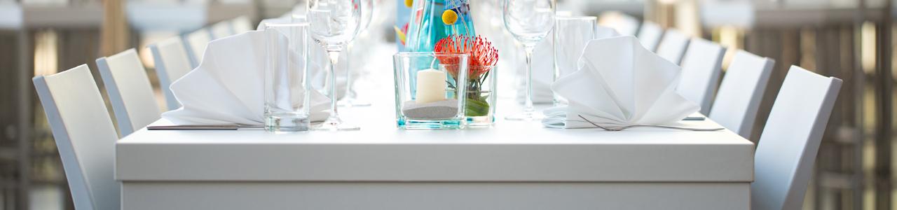 Tische mieten für Partys und Events