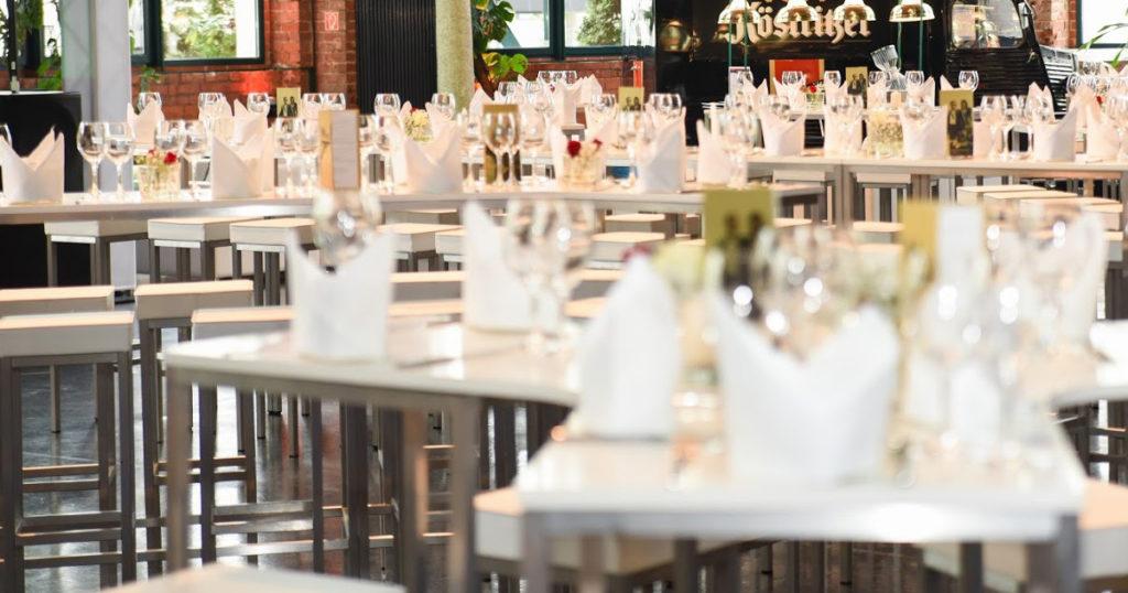 EVENTTOOL24 Viele Gäste, wenig Platz