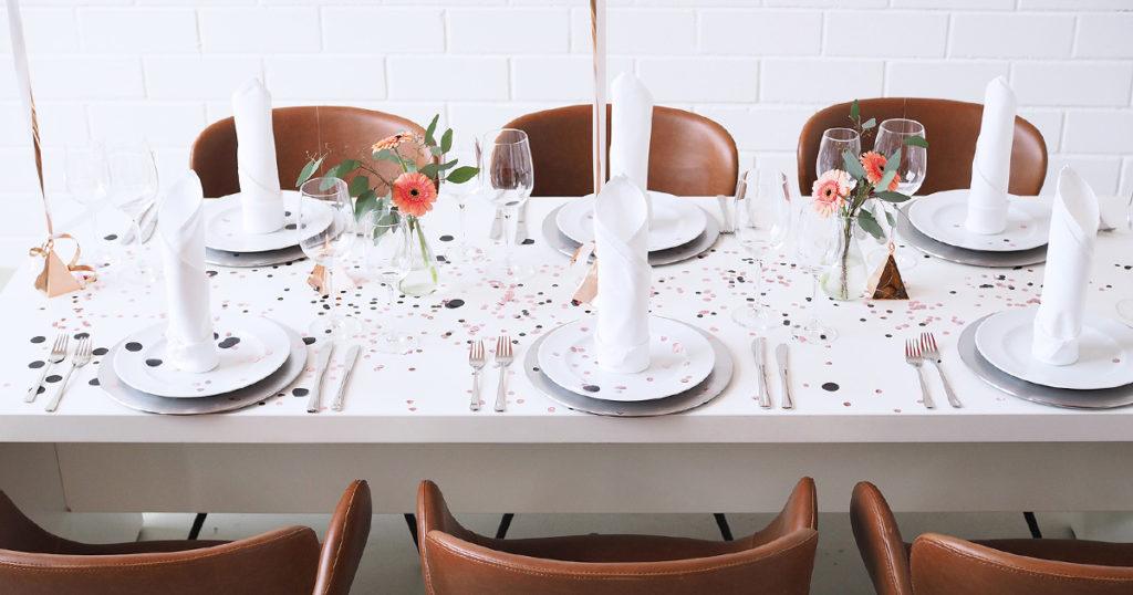 Bild gedeckter Tisch EVENTTOOL24